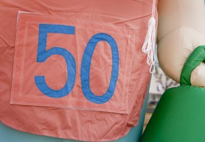 In4More-bord-rozet-50-jaar-abraham-sarah-huren
