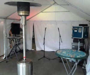 karaokeset-microfoons-tv-scherm-mengpaneel-karaokefeest