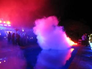 rook-uit-rookmachine-tijdens-feest