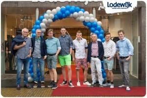 lodewijk-feestelijk-aangekleed-met-ballonnenbogen-franeker