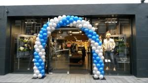 blauw-zilver-ballonnenboog-lodewijk-mode-weekend