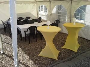 tent-tafels-statafels-stoelen-tafelkleden-tent