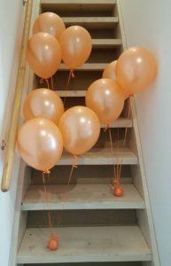 3-groepjes-oranje-tafelhelium-ballonnen-huren