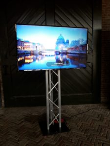 led-tv-scherm-55-inch-beeld-huren-in4more-harlingen-friesland