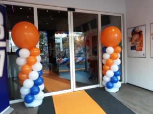 in4more-balloncreaties-spaarfeest-rabobank-sneek-ballonpilaren